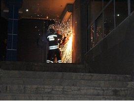 Konya'da benzinlik yazıhanesinde çıkan yangın korkuttu