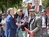 Tahir Akyürek vatandaşlarla bayramlaştı