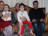 Babaanne engelli ailesinin gözü oldu
