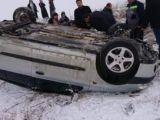 Konya'da otomobil devrildi