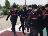 Konyada demir hırsızları jandarmaya yakalandı