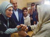Emine Erdoğan Arakana umut götürdü