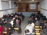 Yunak'ta uyuşturucuyla mücadele ve kadına şiddet konulu panel
